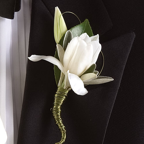 Floral Arrangements Floral Design Bride Flowers Boutonniere